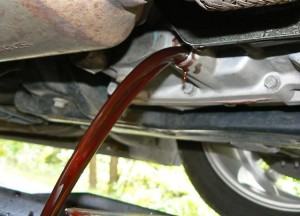 how to change transmission fluid - draining the fluid