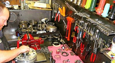 how to find the right transmission repair shop - transmission repair guy